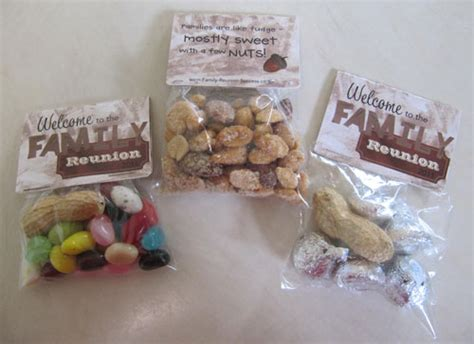 Reunion Giveaways Ideas - inexpensive party favors equal great family reunion favors