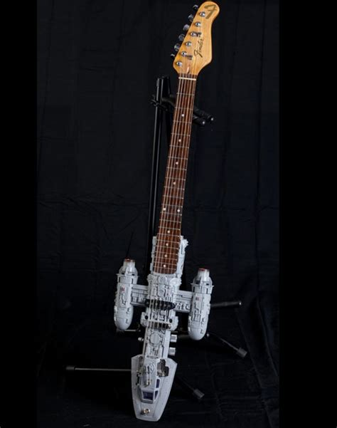 fan guitar and ukulele 1000 images about on pinterest bass guitars fender