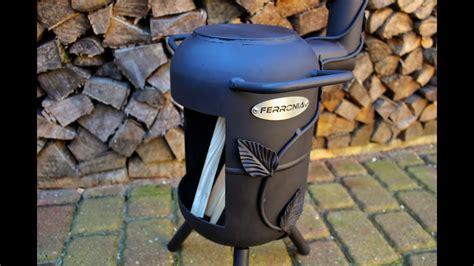 ofen aus gasflasche outdoor ofen mit rankpflanze terrassenofen aus