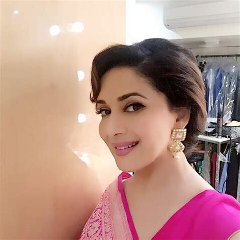 Beautiful Coffee by Madhuri Dixit Looks Exceptionally Beautiful In A Banaras