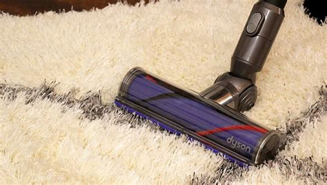 how to vacuum carpet how to vacuum a shag rug including step by step video tutorial