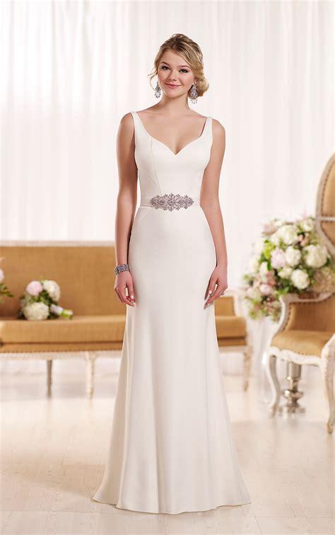 Simple Dress For Beach Wedding