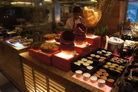 shilo airport christmas buffet 2018 breakfast buffet picture of kowloon shangri la hong kong hong kong tripadvisor