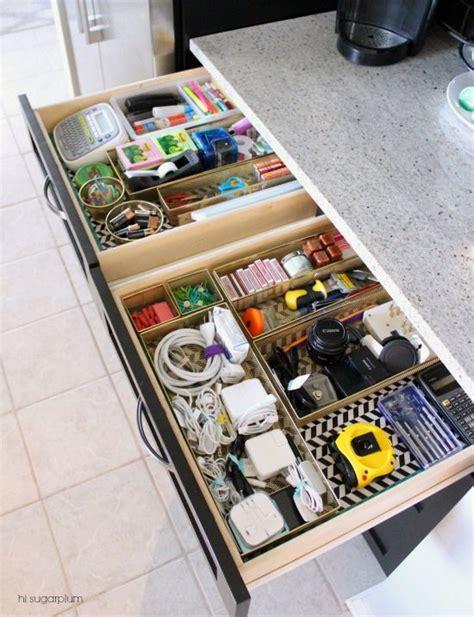 Junk Drawer Organizer Diy by 25 Best Ideas About Kitchen Drawer Organization On