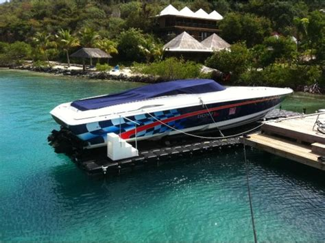 donzi boat clothing 2000 donzi marine zx45 powerboat for sale in