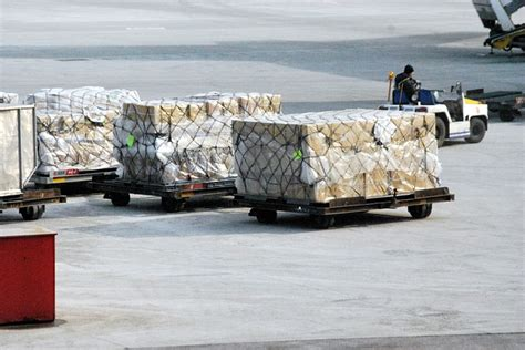 sea  air freight whats   air freight costs