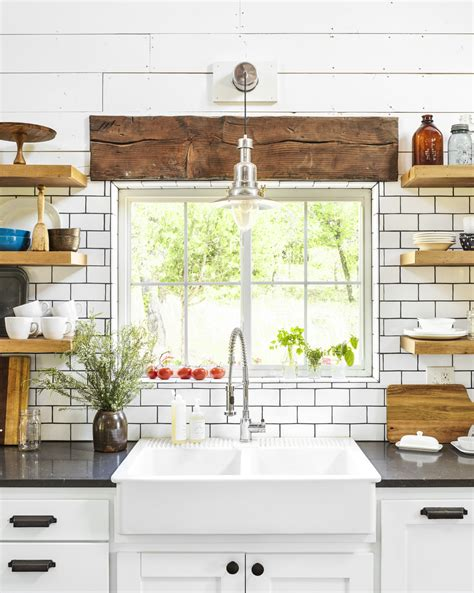 Farmhouse Kitchen Light The Problem With Farmhouse Sinks That No One Talks About Cleaning A Farmhouse Sink