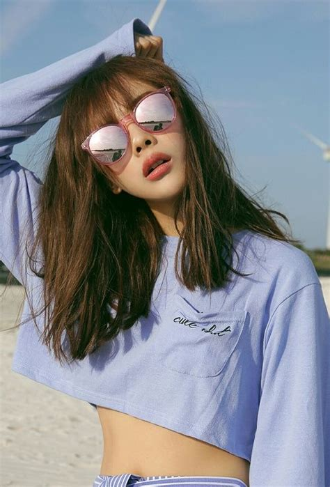 bangs on girls with sunglasses 25 best ideas about girls sunglasses on pinterest