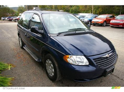 2003 Chrysler Voyager Lx by Midnight Blue Pearl 2003 Chrysler Voyager Lx Exterior