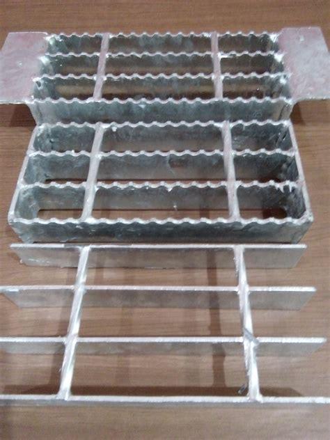 Jual Sho Metal Di Surabaya harga grating steel untuk selokan murah surabaya karya