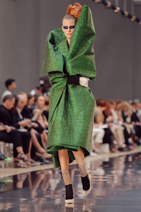 Margiela Brings Recycling To 2007 Haute Couture by Artisanal Collection By Maison Margiela It S Liquid