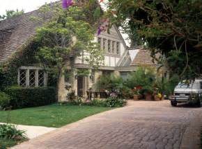 oj simpson house brentwood ca o j simpson s private goodbye a buried knife and more secrets spilled from the ghost