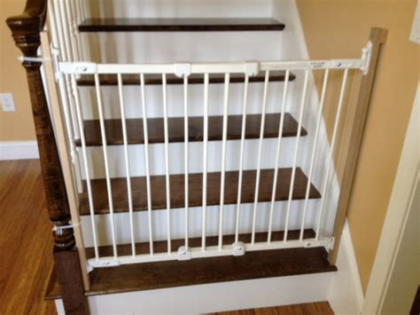 top of stairs banister baby gate best baby gates for stairs with banisters baby gate