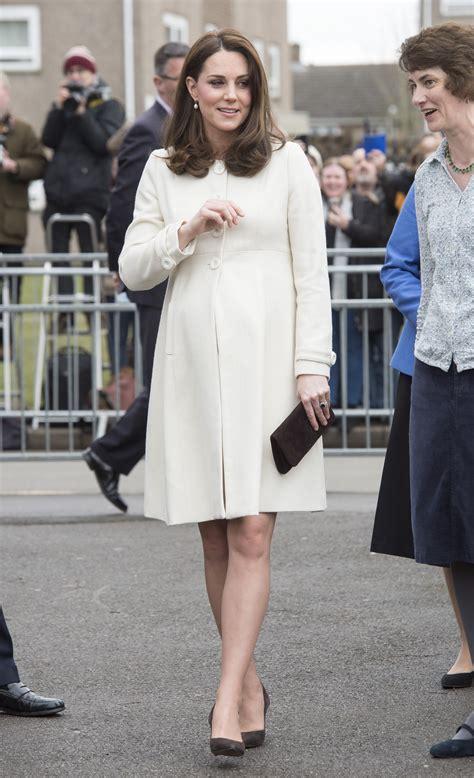 emy maxzoz princess kate middleton pregnant 42 best kate middleton pregnant style looks princess
