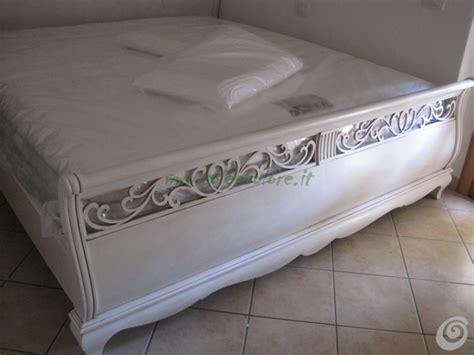 armadio bianco stile provenzale armadio bianco stile provenzale a armadio legno bianco