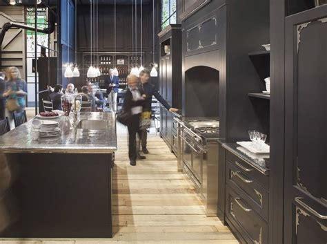 Piastrelle Artigianali - artigianato italiano piastrelle in metallo per bagno e cucina