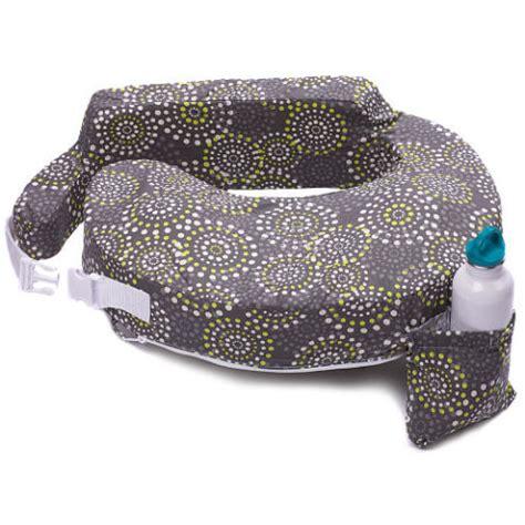 best nursing pillow 10 best nursing pillows for 2018 boppy and