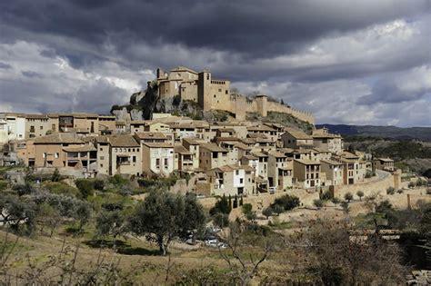 casas rurales en alquezar turismo rural en alqu 233 zar alojamientos rurales