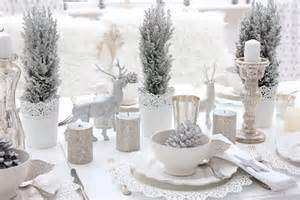 impressive table settings for a lavish christmas dinner