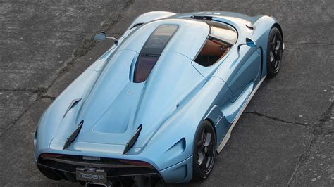 koenigsegg regera inside koenigsegg regera features specifications