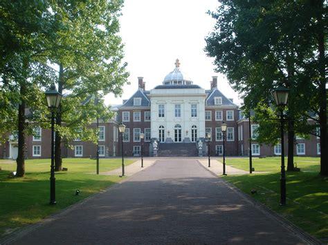 huis ten bosch wiki file huis ten bosch nagasaki jpg 维基百科 自由的百科全书