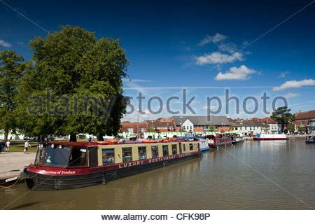 boat mooring evesham the countess of evesham floating restaurant moored in the