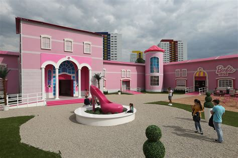 Field Design For Real Barbies by Real Houses And Princess Castels Houses And