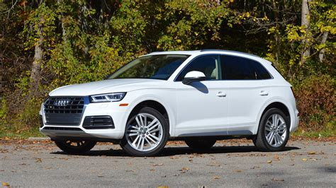 2018 audi q5 review playing to the base