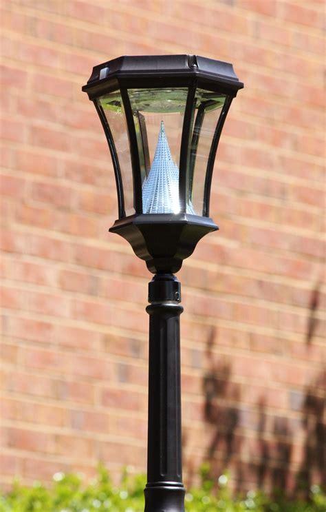 solar post lights amazon amazon com gama sonic victorian solar l post and