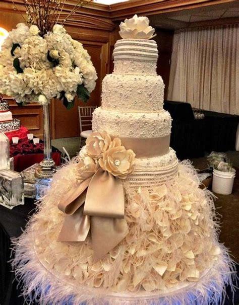 Big Wedding Cakes by Wedding Cake Designs For Classic Wedding In Big Size