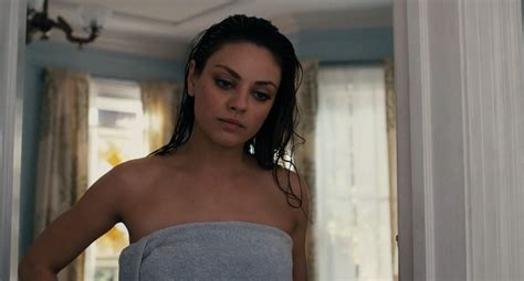 mila kunis bathtub where did mina kunis shirt go celebs