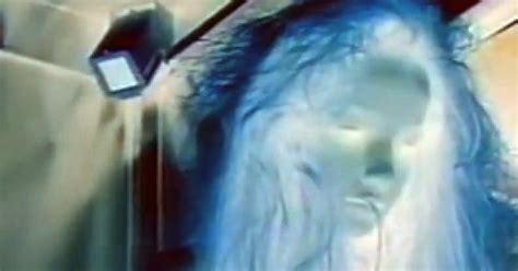 menina fantasma no elevador ghost girls extremely scary pegadinha de silvio santos menina fantasma no elevador