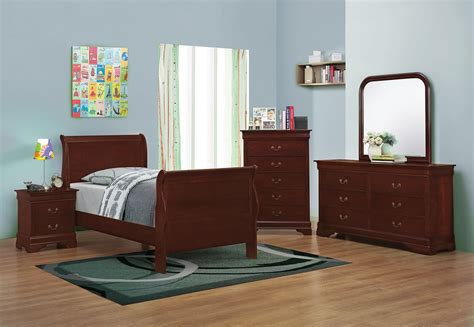louis philippe sleigh bedroom set louis philippe reddish brown youth sleigh bedroom set