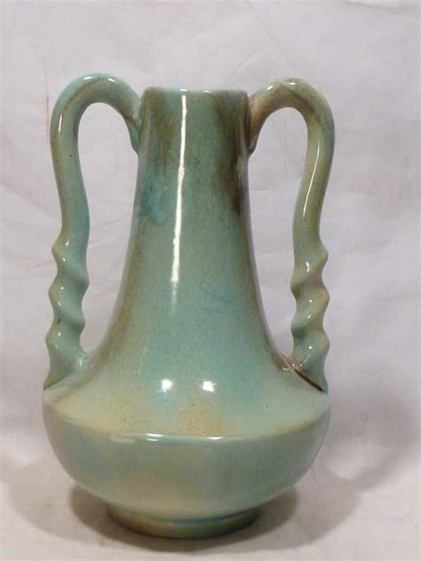 Gonder Vase by Big Handled Gonder Vase H 5 From Collectors Row On Ruby