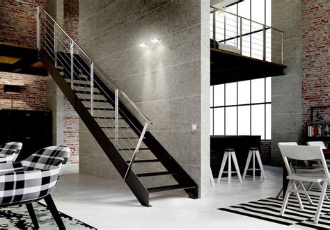 preciosa  revestimientos para escaleras #1: Escalera-de-tramos-modelo-Itron-Laser-con-doble-estructura-pelda%C3%B1os-de-metal-y-barandilla-modelo-R7-y-R54-de-Enesca.es_.jpg