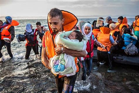 syrian refugee crisis boat canada chose 15 per cent of syrian refugees from refugee
