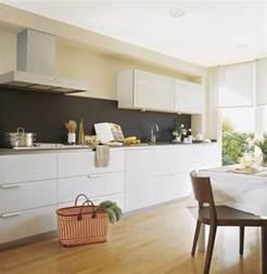 peinture cuisine avec meubles blancs 30 id 233 es inspirantes