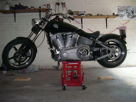 Motorrad Winter Aufbocken by Welcher Motorradheber F 252 R Alle Harleys S 4 Milwaukee