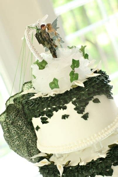 17 Best images about Wedding Cakes   Military Theme on