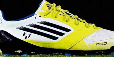 Sepatu Bola Adidas F50 Adizero Messi jelang clasico ini lima sepatu spesial lionel messi f50