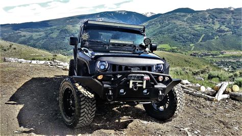 jeep wrangler  rent  car luxury exotic car rentals