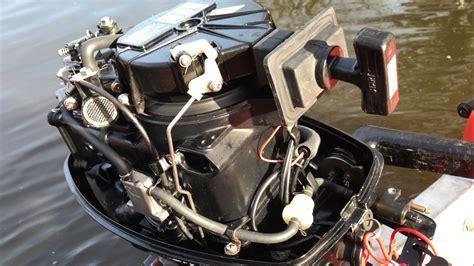 buitenboordmotor verzopen buitenboordmotor afstellen 4 takt mercury 5pk werkspot