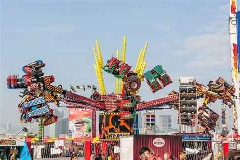 hong kong new year carnival sassy s guide to celebrating new year 2015 in hong