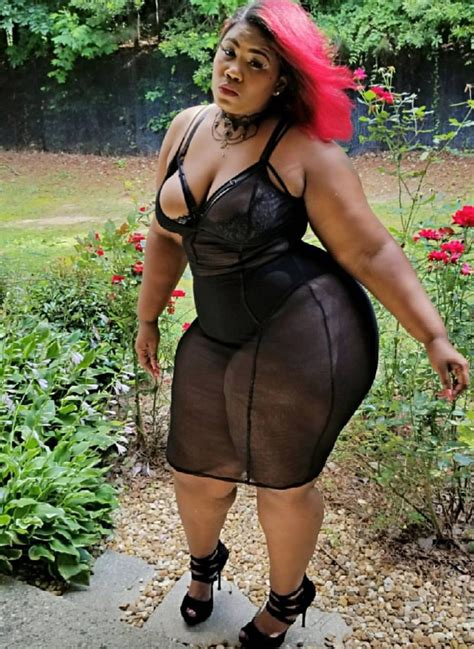thick thighs pinterest thick dame thighs curves unjustified pinterest