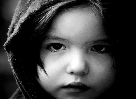 imagenes de niños alegres y tristes banco de imagenes y fotos gratis imagenes tristes parte 4