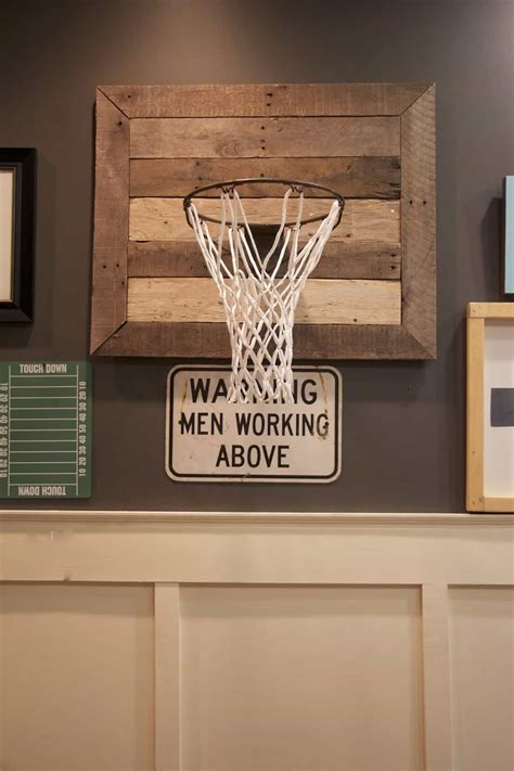 creative unique ideas   ultimate man cave decor