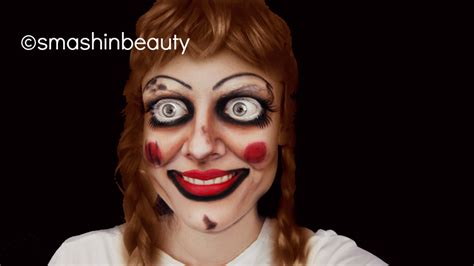 annabelle doll visit exclusive with annabelle the doll dread central