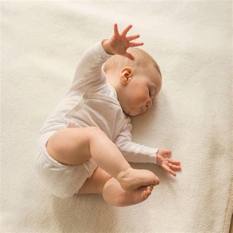 baby dreht sich im schlaf auf bauch 76 best images about mein baby on shops
