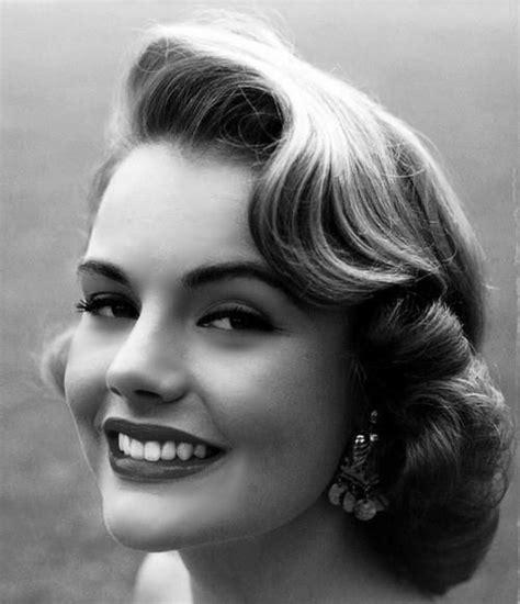 50s Swing Hairstyles by Best 25 Vintage Curly Hair Ideas On Vintage