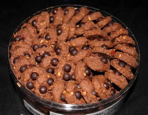 M2 Snack Choco Chip Kue Kering chocolate chips kue kita